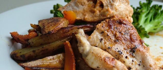 Spicy kylling med ris og avokado