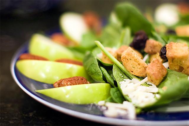 spise kun frukt og grønnsaker