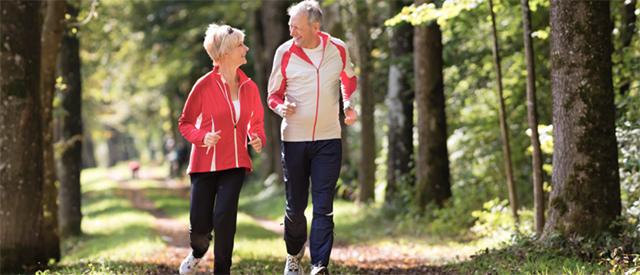 Regelmessig trening virker som medisin og reduserer tegn på aldring