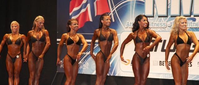 Bodyfitnessjentene i kanonform under Norgesmesterskapet