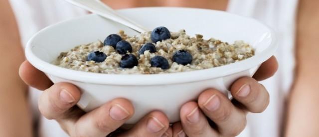 8 enkle tips som vil hjelpe deg å spise sunnere og redusere fettprosenten
