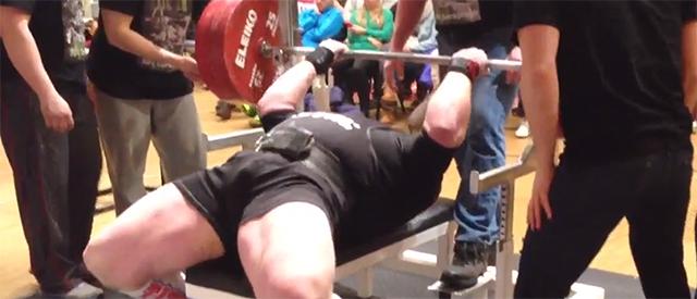 NM: Carl Yngvar Christensen løftet 332,5kg og satte ny rekord i benkpress