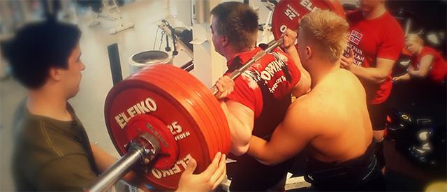 Junior-EM i styrkeløft har startet