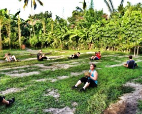 Sit-ups with a coconut-twist