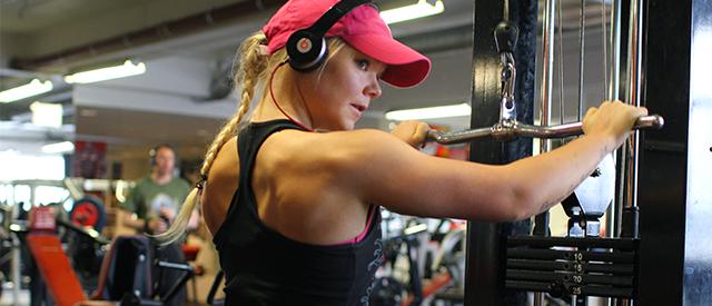Jenter og muskler –Slik kommer du i gang