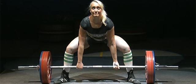 Marte Elverum (23) med 2 medaljer i styrkeløft-VM