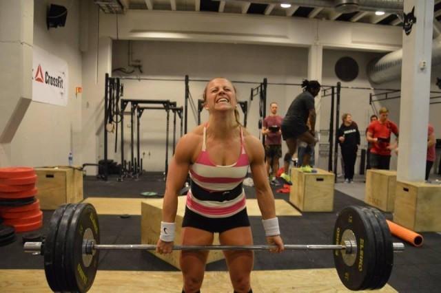 Kristin Holte fra Hokksund - sterk, sterkere - sterkest?