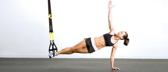 5 effektive slyngeøvelser for rumpe, hofte og bein