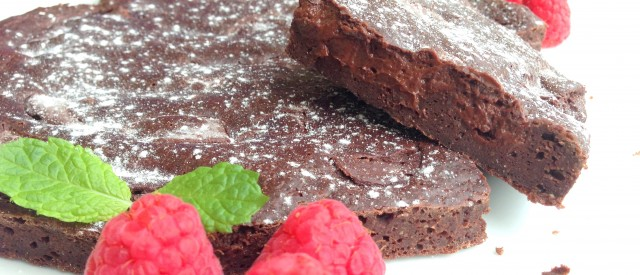 Sunn brownies med deilig innbakt sjokoladeglasur