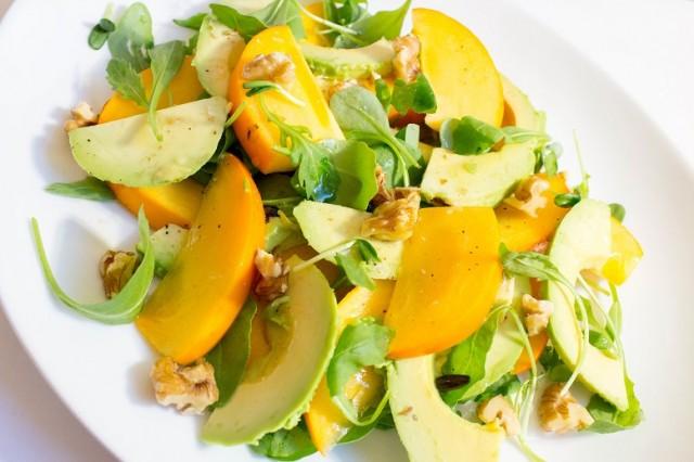 Avokado- og sharonsalat med limedressing FLF (2)