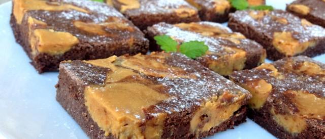 Sunn brownies med innbakt vaniljefudge