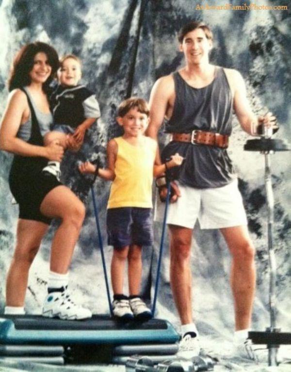 these-awkward-family-fitness-photos-take-wtf-to-the-next-level-29-photos-26