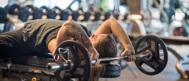 Bygg sterke og velutviklede triceps med disse 5 øvelsene