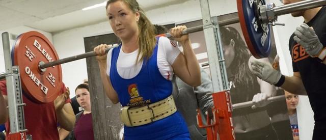 4 fantastiske grunner til at alle jenter burde trene styrkeløft